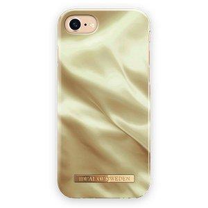 iDeal Of Sweden iPhone SE (2020) / 8 / 7 / 6 / 6s Fashion Case Honey Satin