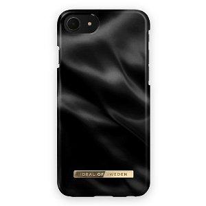 iDeal Of Sweden iPhone SE (2020) / 8 / 7 Fashion Bagside Cover Black Satin